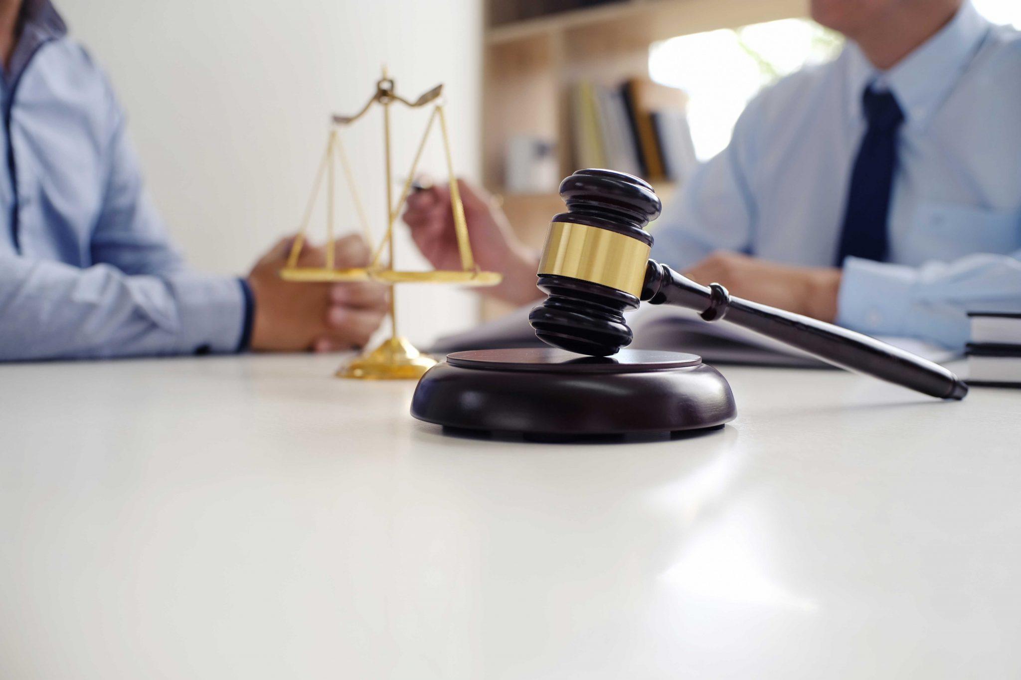 """ביהמ""""ש הורה על מחיקת תביעה של האב לביטול הסכם מזונות בטענה חוזית של הטעייה"""